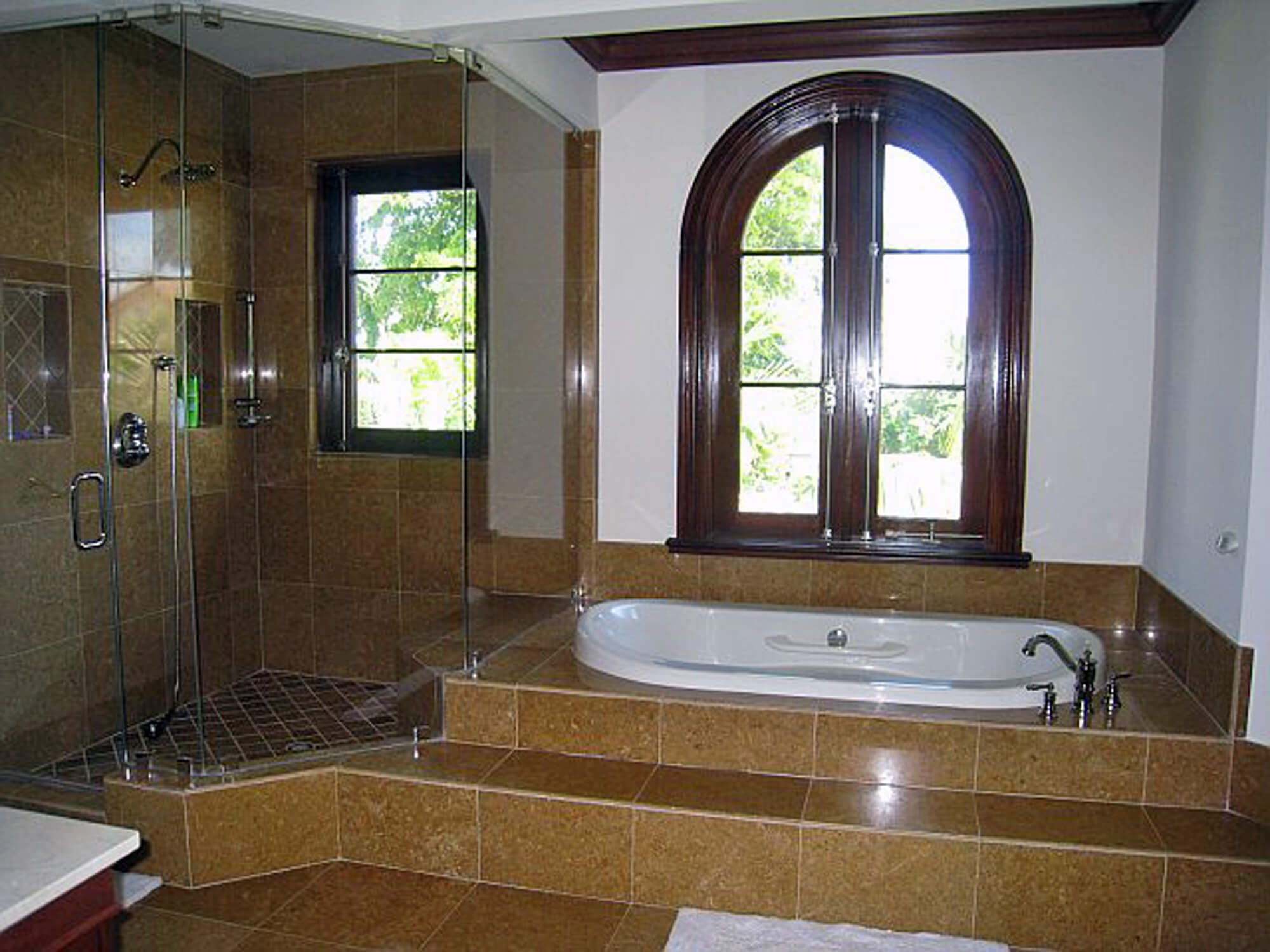 BAL HARBOUR CASEMENT WINDOWS.