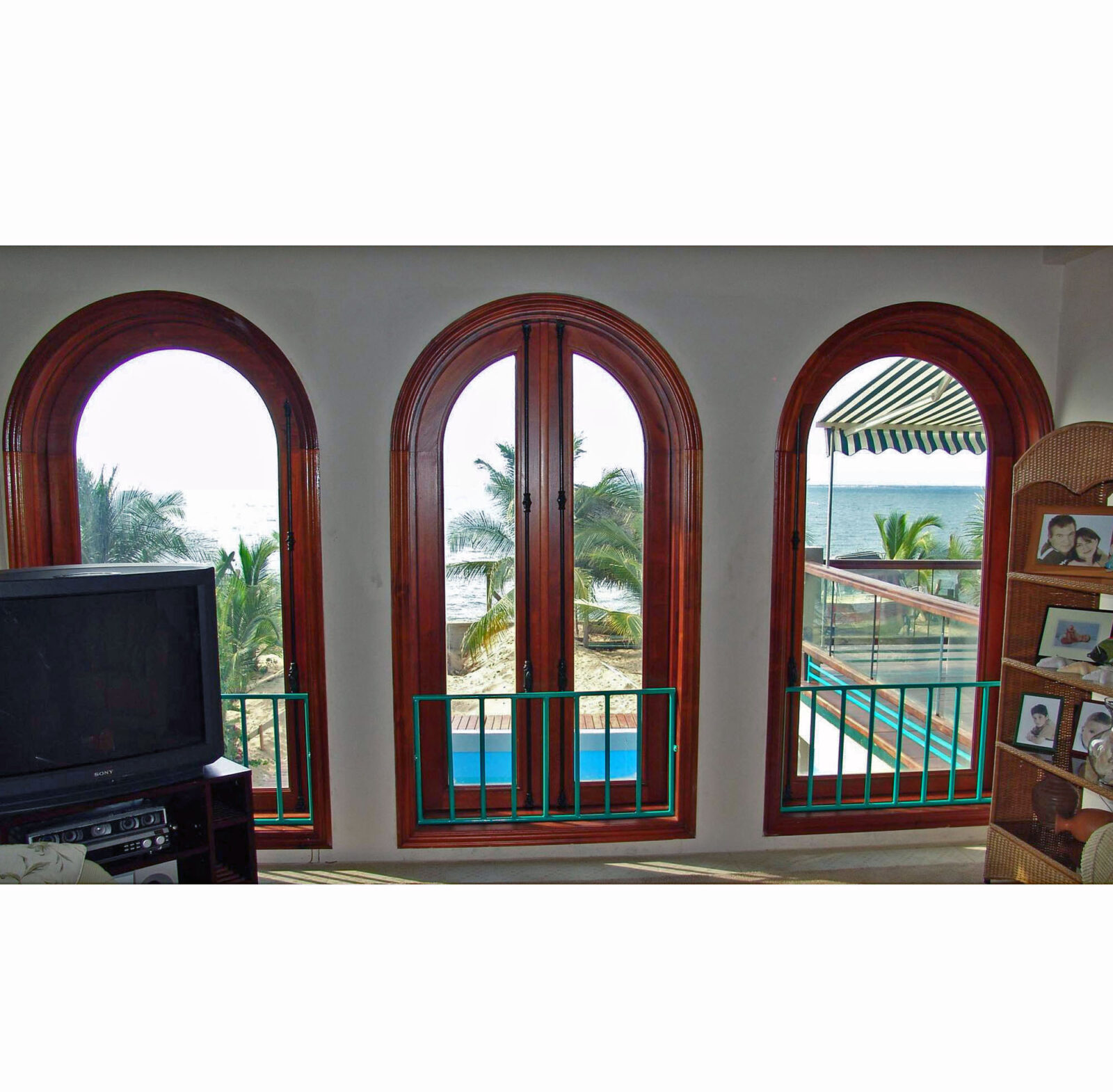 TRUJILLO ARCH WINDOWS