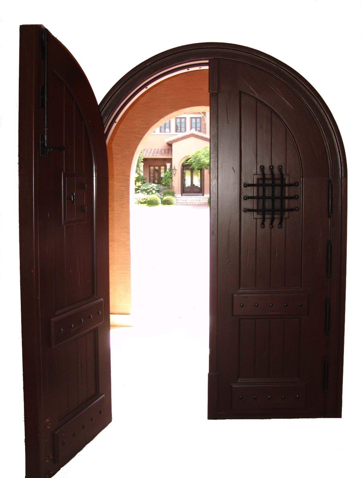 PALM ISLAND DOUBLE MAHOGANY GATE DOORS INTERIOR VIEW.